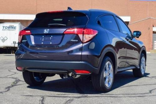 Photo Image Gallery & Touchup Paint: Honda Hrv in Mulberry Metallic   (NH821M)  YEARS: 2016-2018