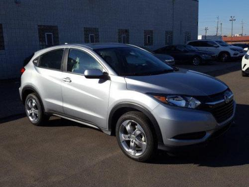 Photo Image Gallery & Touchup Paint: Honda Hrv in Lunar Silver Metallic  (NH830M)  YEARS: 2017-2019