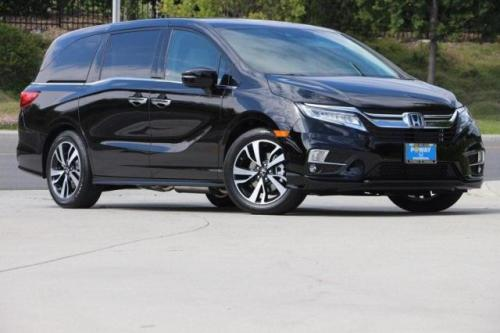 Photo Image Gallery & Touchup Paint: Honda Odyssey in Crystal Black Pearl  (NH731P)  YEARS: 2018-2019