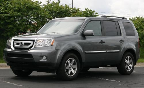 Photo Image Gallery & Touchup Paint: Honda Pilot in Sterling Gray Metallic  (NH741M)  YEARS: 2009-2009