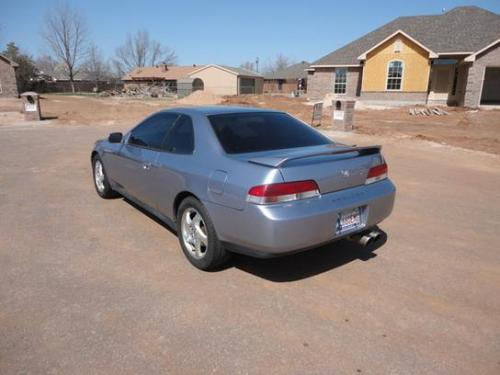 Photo Image Gallery & Touchup Paint: Honda Prelude in Crystal Blue Metallic  (B91M)  YEARS: 1999-2000
