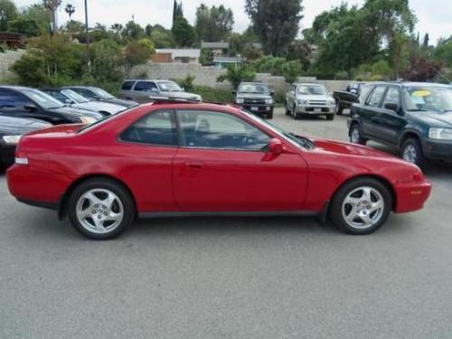 Photo Image Gallery & Touchup Paint: Honda Prelude in Milano Red   (R81)  YEARS: 1999-2001