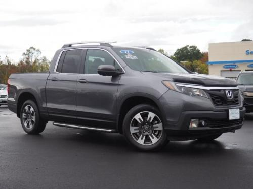 Photo Image Gallery & Touchup Paint: Honda Ridgeline in Modern Steel Metallic  (NH797M)  YEARS: 2017-2019