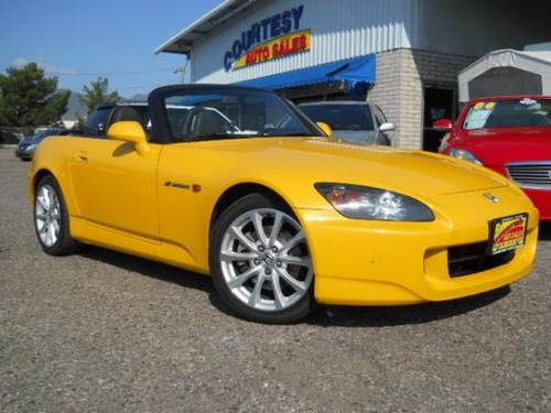 Photo Image Gallery & Touchup Paint: Honda S2000 in Rio Yellow Pearl  (Y65P)  YEARS: 2008-2009