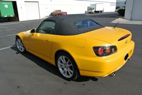 Photo Image Gallery & Touchup Paint: Honda S2000 in Rio Yellow Pearl  (Y65P)  YEARS: 2004-2009