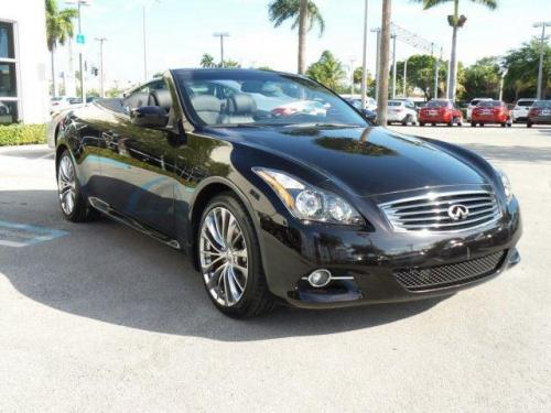 Photo Image Gallery & Touchup Paint: Infiniti G in Malbec Black   (GAC)  YEARS: 2011-2013