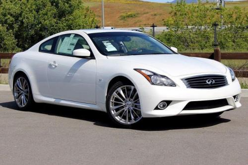 Photo Image Gallery & Touchup Paint: Infiniti G in Majestic White   (QAB)  YEARS: 2015-2015