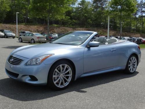 Photo Image Gallery & Touchup Paint: Infiniti G in Pacific Sky   (RAF)  YEARS: 2009-2013