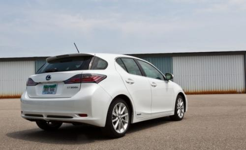 Photo Image Gallery & Touchup Paint: Lexus CT in Starfire Pearl   (077)  YEARS: 2011-2014