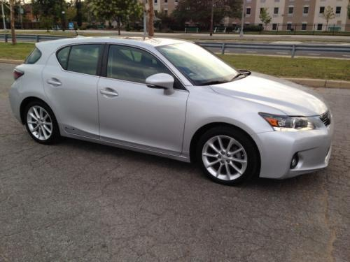 Photo Image Gallery & Touchup Paint: Lexus CT in Tungsten Pearl   (1G1)  YEARS: 2011-2012