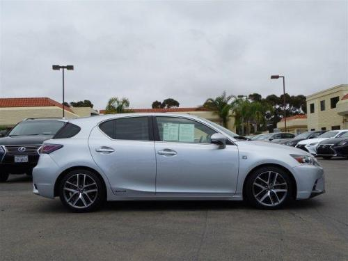 Photo Image Gallery & Touchup Paint: Lexus CT in Silver Lining Metallic  (2LK)  YEARS: 2014-2016