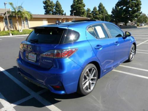 Photo Image Gallery & Touchup Paint: Lexus CT in Ultrasonic Blue Mica  (2LQ)  YEARS: 2014-2016