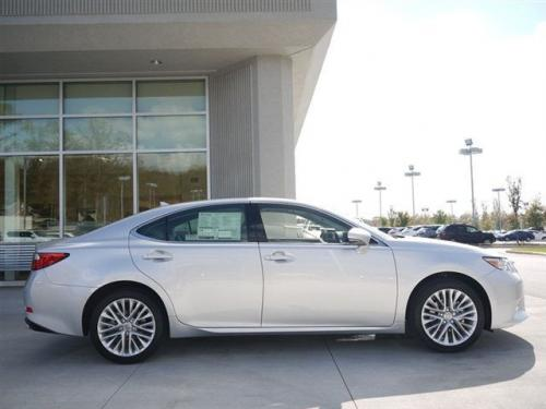 Photo Image Gallery & Touchup Paint: Lexus ES in Silver Lining Metallic  (1J4)  YEARS: 2013-2017