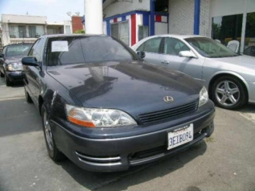 Photo Image Gallery & Touchup Paint: Lexus ES in Frosted Sapphire Pearl  (8J4)  YEARS: 1992-1993