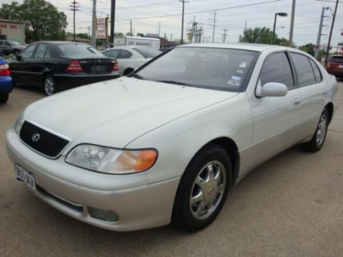 Photo Image Gallery & Touchup Paint: Lexus GS in Opal White Pearl  (046)  YEARS: 1993-1995