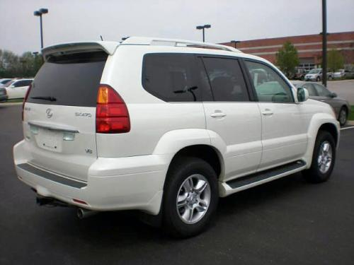Photo Image Gallery & Touchup Paint: Lexus GX in Blizzard Pearl   (070)  YEARS: 2004-2009