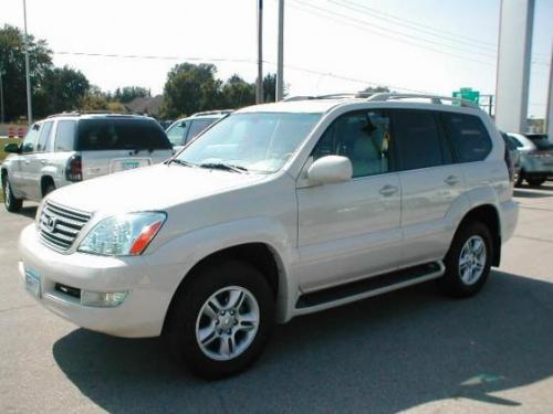 Photo Image Gallery & Touchup Paint: Lexus GX in Sand Dollar Pearl  (4R2)  YEARS: 2003-2003
