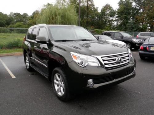 Photo Image Gallery & Touchup Paint: Lexus GX in Peridot Mica   (6V6)  YEARS: 2010-2011
