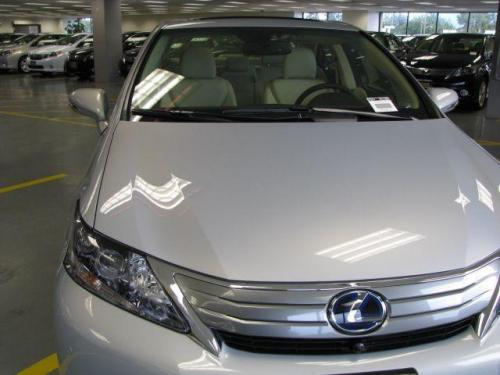 Photo Image Gallery & Touchup Paint: Lexus HS in Silver Opal Mica  (1H0)  YEARS: 2010-2012