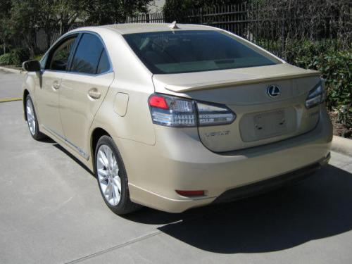 Photo Image Gallery & Touchup Paint: Lexus HS in Golden Almond Metallic  (4T1)  YEARS: 2010-2010