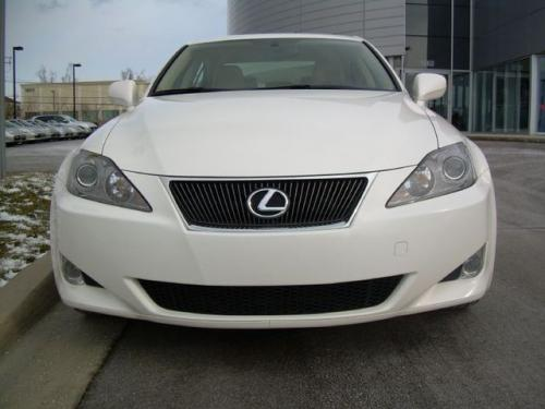 Photo Image Gallery & Touchup Paint: Lexus IS in Crystal White   (062)  YEARS: 2006-2006