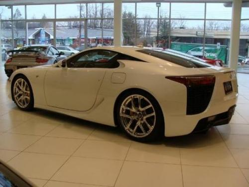 Photo Image Gallery & Touchup Paint: Lexus Lfa in Pearl White   (077)  YEARS: 2012-2012