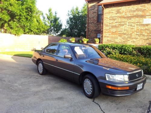 Photo Image Gallery & Touchup Paint: Lexus LS in Taupe Metallic   (3H9)  YEARS: 1990-1992