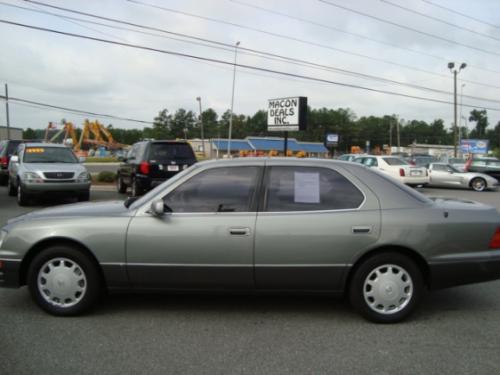 Photo Image Gallery & Touchup Paint: Lexus LS in Moonstone Pearl   (6N0)  YEARS: 1995-1997