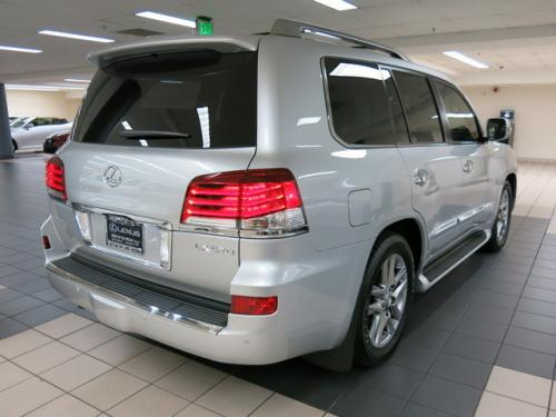 Photo Image Gallery & Touchup Paint: Lexus LX in Silver Lining Metallic  (1J4)  YEARS: 2014-2015