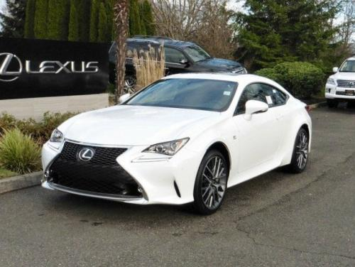 Photo Image Gallery & Touchup Paint: Lexus RC in Ultra White   (083)  YEARS: 2015-2017