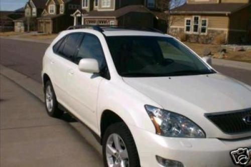 Photo Image Gallery & Touchup Paint: Lexus RX in Crystal White   (062)  YEARS: 2006-2008
