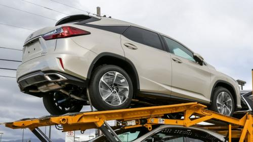 Photo Image Gallery & Touchup Paint: Lexus RX in Satin Cashmere Metallic  (4U7)  YEARS: 2016-2017