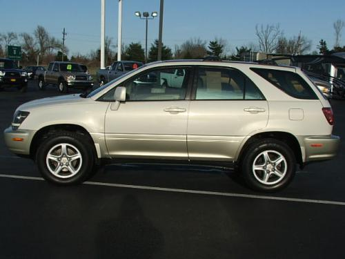 Photo Image Gallery & Touchup Paint: Lexus RX in Golden Pearl   (057)  YEARS: 1999-2000