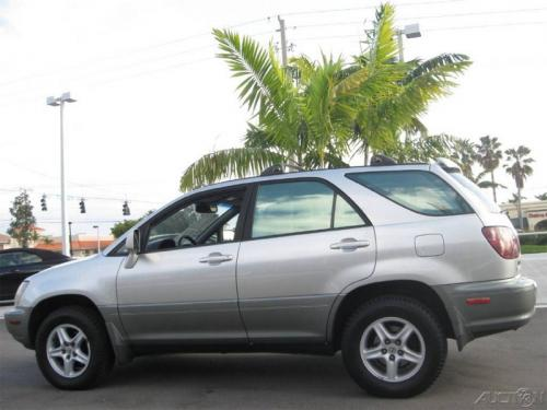 Photo Image Gallery & Touchup Paint: Lexus RX in Millennium Silver Metallic  (1C0)  YEARS: 1999-2003