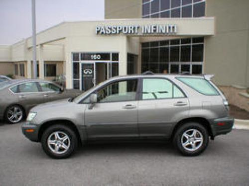 Photo Image Gallery & Touchup Paint: Lexus RX in Mineral Green Opalescent  (6R6)  YEARS: 2000-2003
