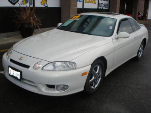 Photo Image Gallery & Touchup Paint: Lexus SC in Golden Pearl   (057)  YEARS: 1999-2000