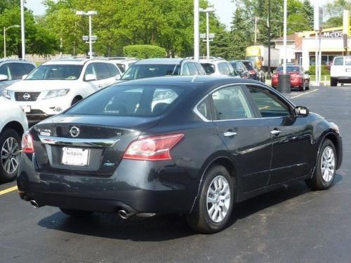 Photo Image Gallery Amp Touchup Paint Nissan Altima In