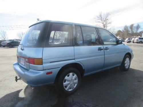 Photo Image Gallery & Touchup Paint: Nissan Axxess in Winter Blue Metallic  (BG6)  YEARS: 1990-1990