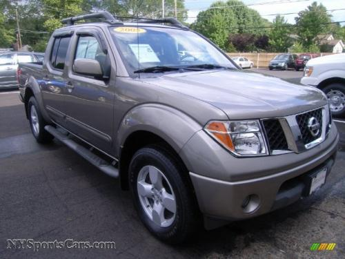 Photo Image Gallery & Touchup Paint: Nissan Frontier in Granite    (KY2)  YEARS: 2005-2006