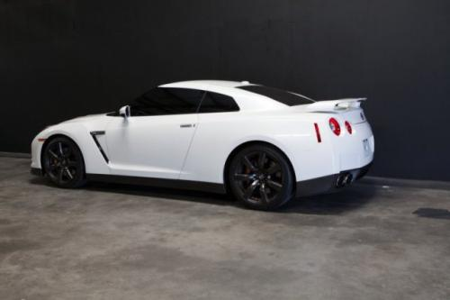 Photo Image Gallery & Touchup Paint: Nissan Gtr in Pearl White   (QAB)  YEARS: 2015-2018
