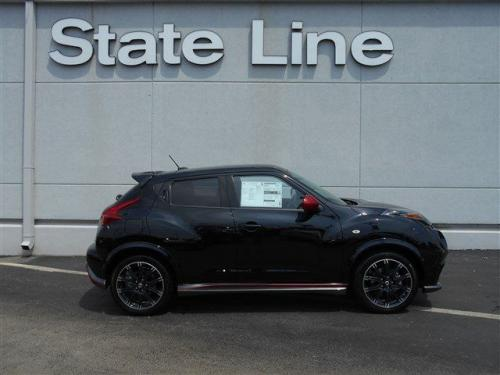 Photo Image Gallery & Touchup Paint: Nissan Juke in Sapphire Black   (B20)  YEARS: 2013-2014