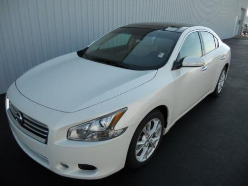 Photo Image Gallery Amp Touchup Paint Nissan Maxima In