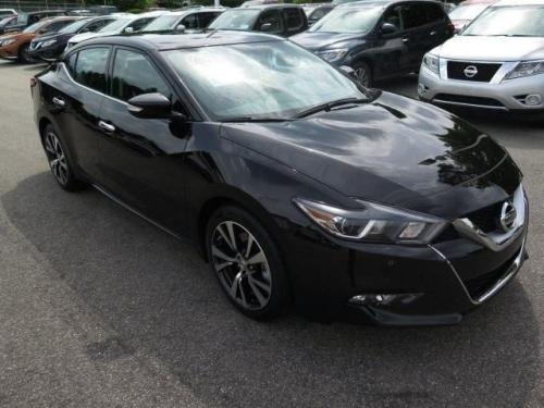 Photo Image Gallery & Touchup Paint: Nissan Maxima in Super Black   (KH3)  YEARS: 2016-2018