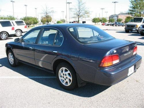 Photo Image Gallery & Touchup Paint: Nissan Maxima in Neptune Blue   (BS3)  YEARS: 1997-1998