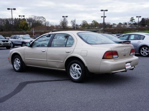 Photo Image Gallery & Touchup Paint: Nissan Maxima in Pebble Beige Metallic  (CG2)  YEARS: 1995-1998