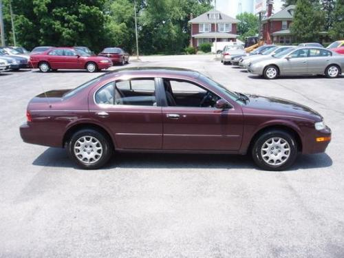 Photo Image Gallery & Touchup Paint: Nissan Maxima in Rosewood    (LS5)  YEARS: 1997-1998