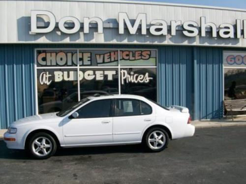 Photo Image Gallery & Touchup Paint: Nissan Maxima in Arctic White Pearl  (QN0)  YEARS: 1995-1998
