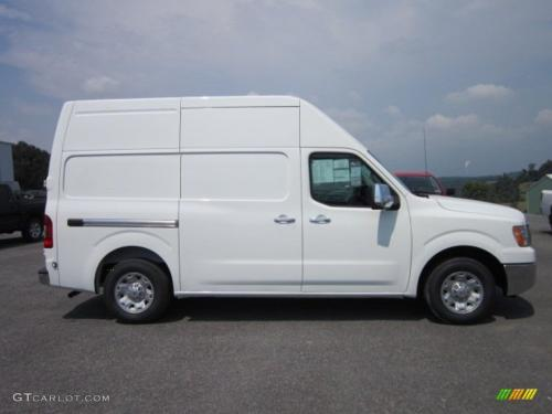 Photo Image Gallery & Touchup Paint: Nissan NV in Blizzard    (KAV)  YEARS: 2012-2012