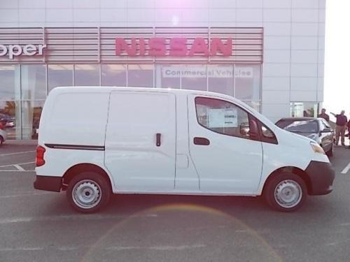 Photo Image Gallery & Touchup Paint: Nissan Nv200 in Fresh Powder   (QM1)  YEARS: 2013-2019