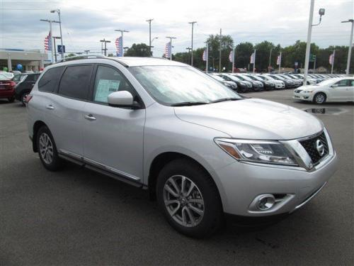 Photo Image Gallery & Touchup Paint: Nissan Pathfinder in Brilliant Silver   (K23)  YEARS: 2013-2018